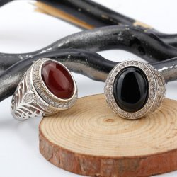 925 sterling silver men ring , white gold plated  with black Agate stone and cubic zirconia